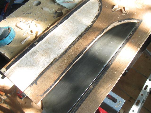 neoczen • voir le sujet - tuto étui renforcé - bois et cuir